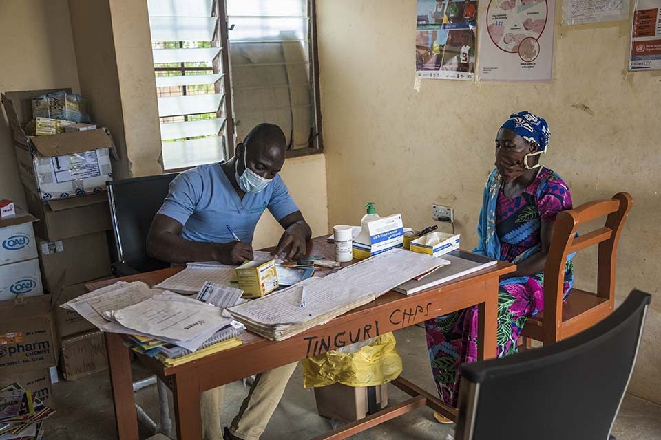 A doctor at a clinic in Northern Ghana attends to patient