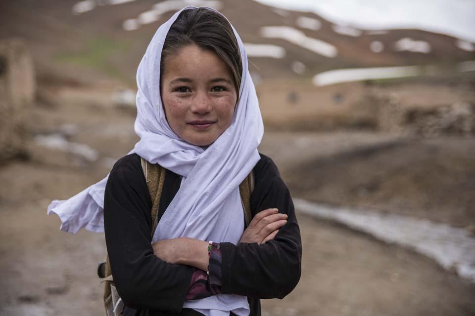 Afghanistan schoolgirl