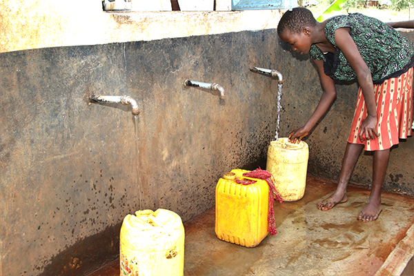 collecting water in Kenya