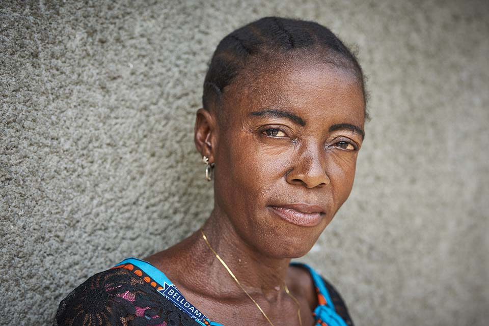 portrait of woman in DR Congo