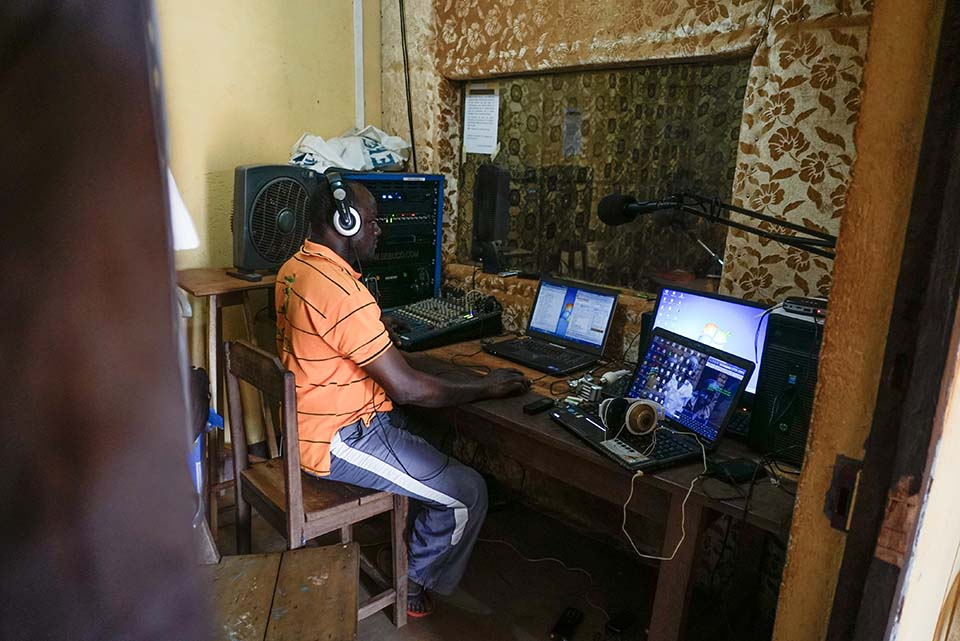 covid radio programming in Central African Republic