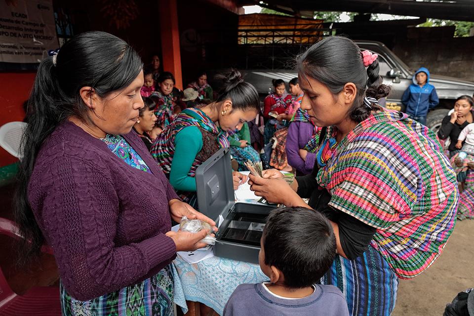 CRS savings group in Guatemala