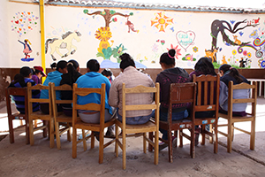 embroidery training in Peru
