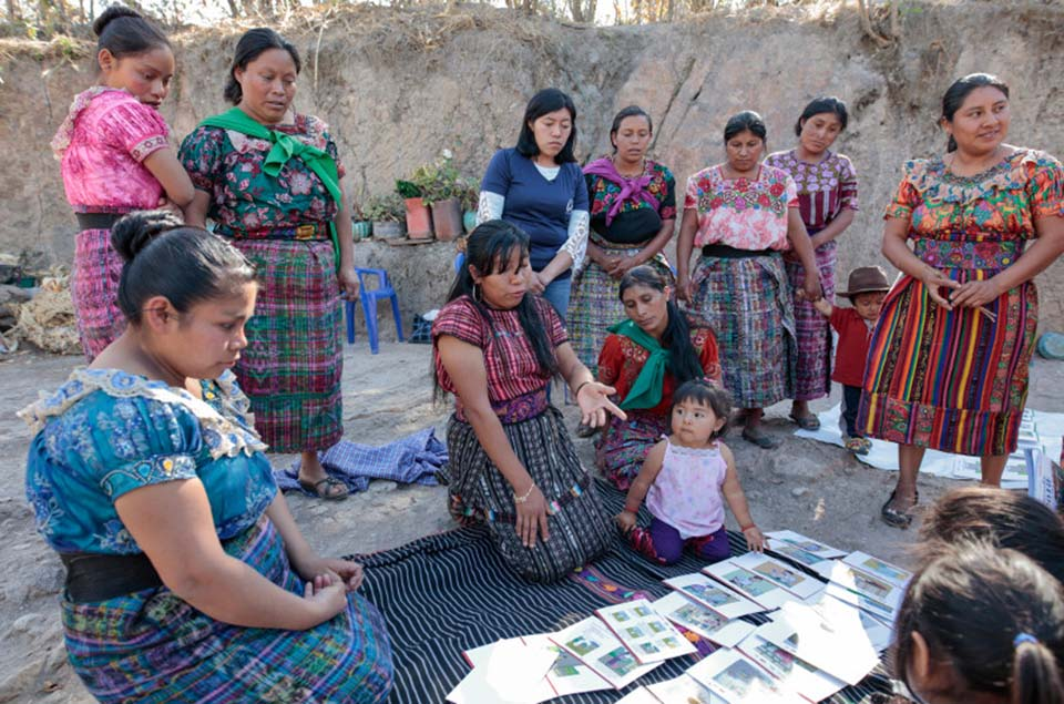 Guatemalan mom helping other moms