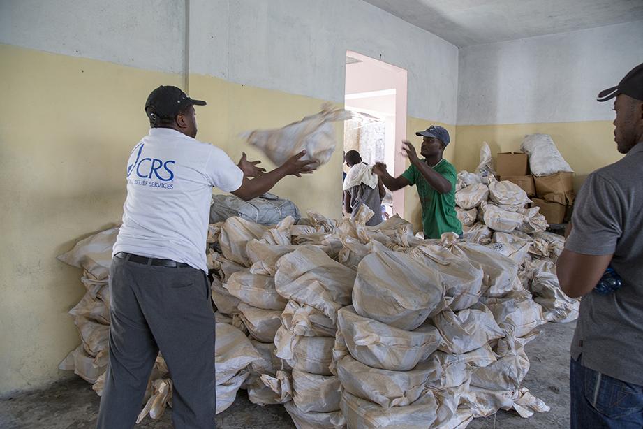 emergency aid for Haiti hurricane matthew survivors