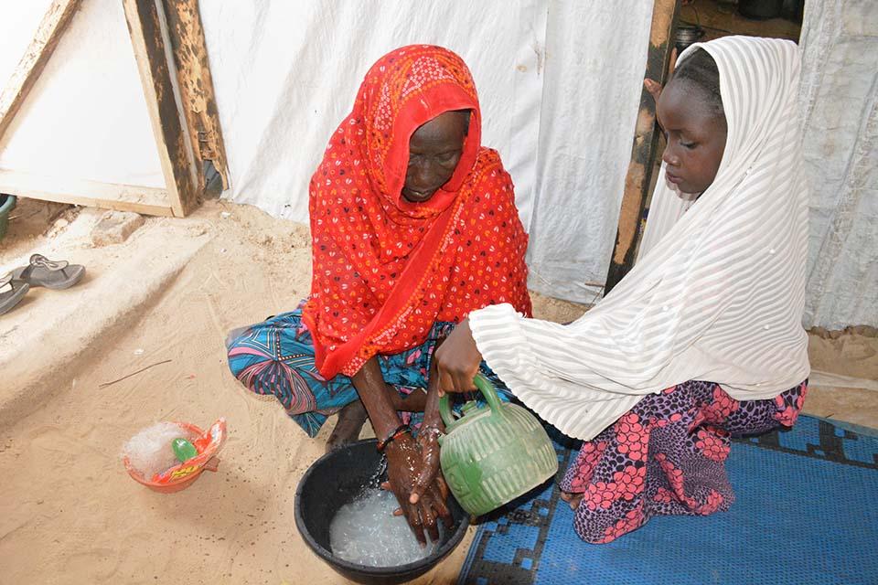 hand-washing demo in Nigeria