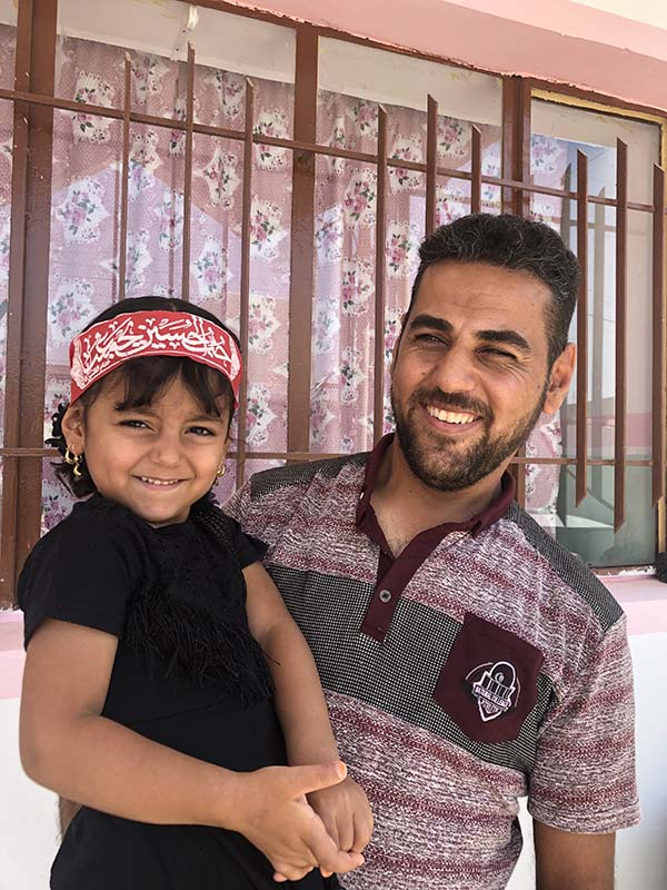 Iraq father and daughter