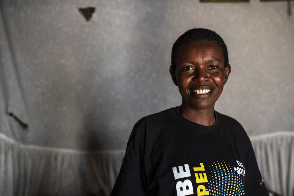Kenya community health volunteer