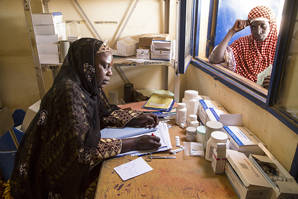 malaria medicine at Niger clinic
