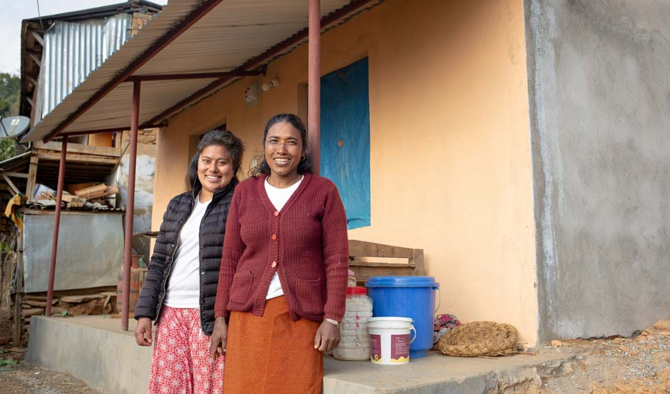 Nepal mother and daughter