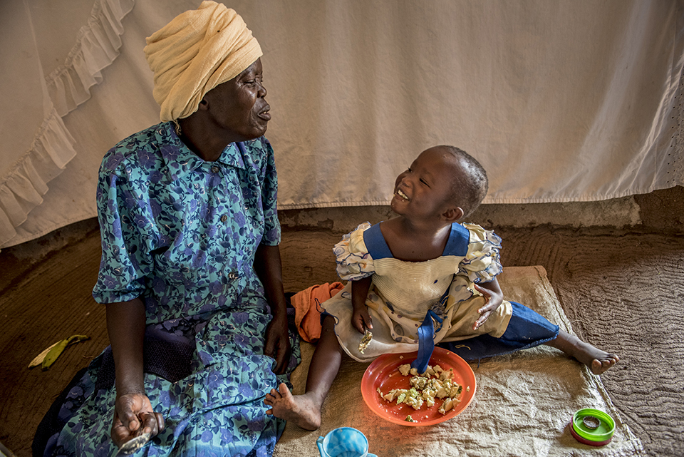 providing a nutritious meal in Kenya