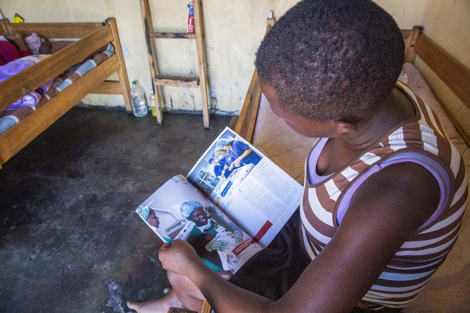 reading in Zimbabwe