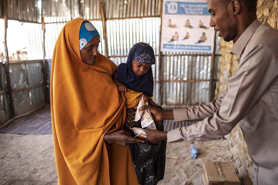 Somali mom receives nutritional supplements
