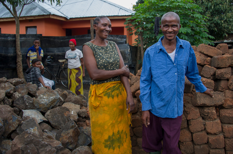 Couples in the Faithful House program learn the values of communication, fidelity, respect and joint decision-making. Photo by Karen Kasmauski for CRS