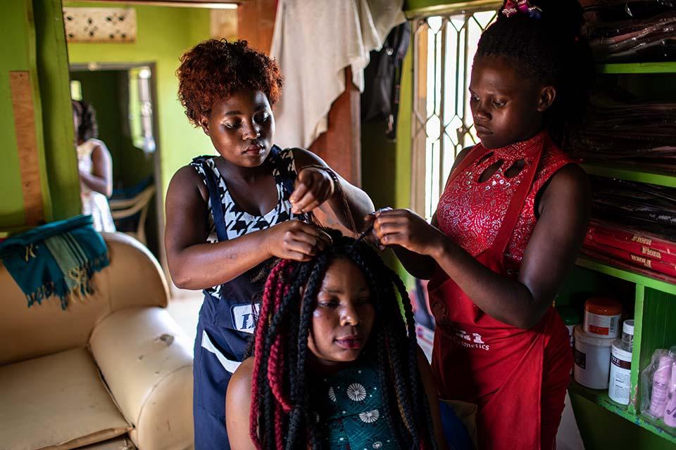 Uganda hair stylist