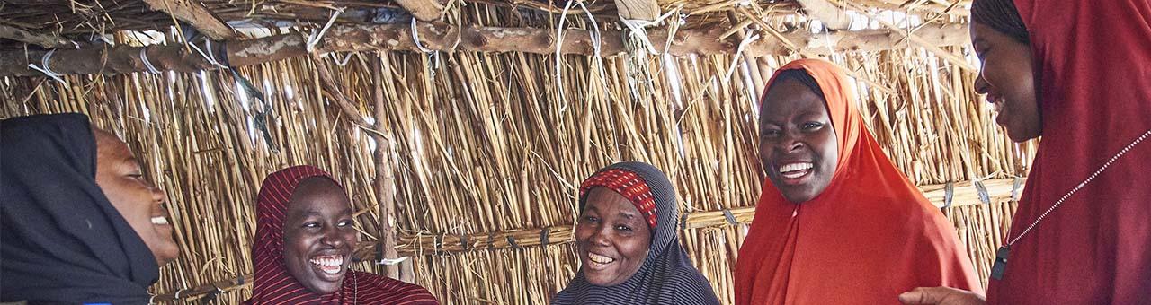 Nigerian women volunteer for fire control