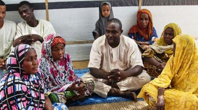 meeting_in_nigerian_displaced_persons_camp