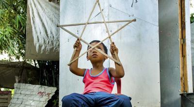 Philippines child