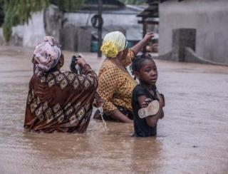 Cyclone Kenneth hits Mozambique